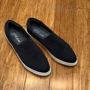 Navy blue slip on sneaker - Jl Slides size 9
